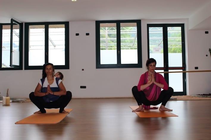 post parto yoga pavimento pelvico